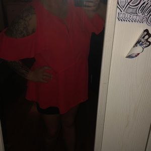 Gibson Latimer Tops - Neon coral nwot 1x off the shoulder dress top